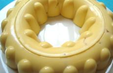 Gelatina de rompope y queso